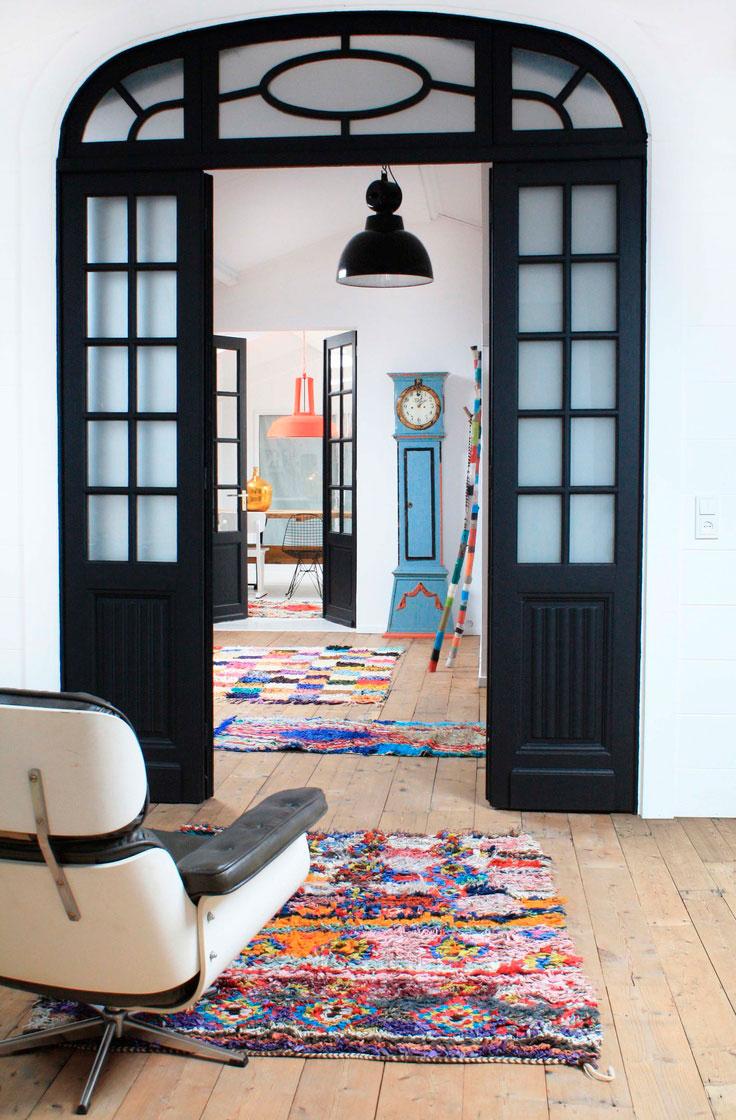 Color y patrones geometricos en las alfombras etnicas de Marruecos