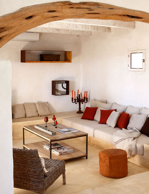 Un acasa en Ibiza bellamente decorada