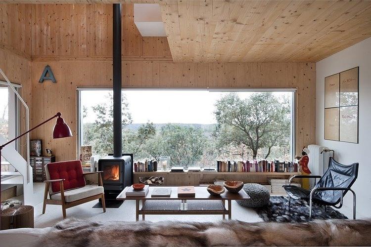 Decoración de una casa de madera en la montaña