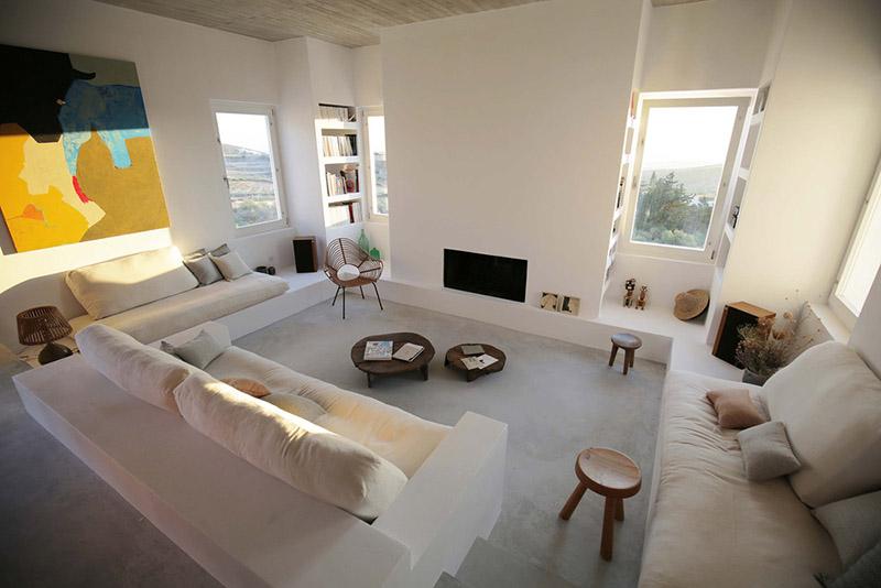 salón de estilo rústico mediterráneo