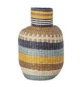 cesta de colores de fibras naturales