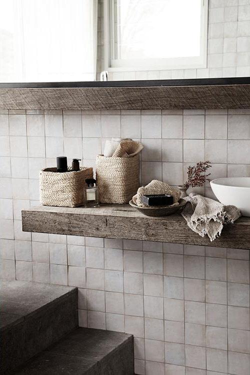 accesorios de mimbre y ratán para la decoración del cuarto de baño