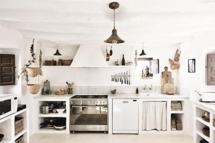 cocina rustica en blanco