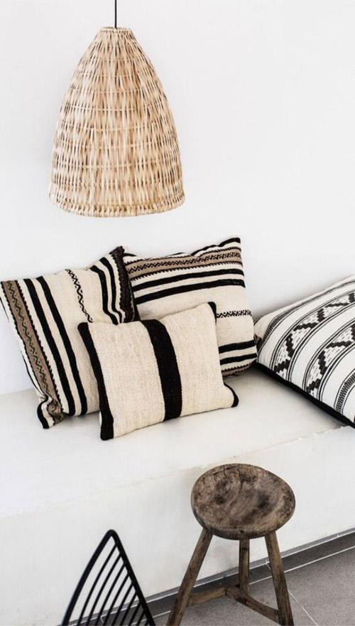 Cojines de inspiración étnica para decorar los interiores