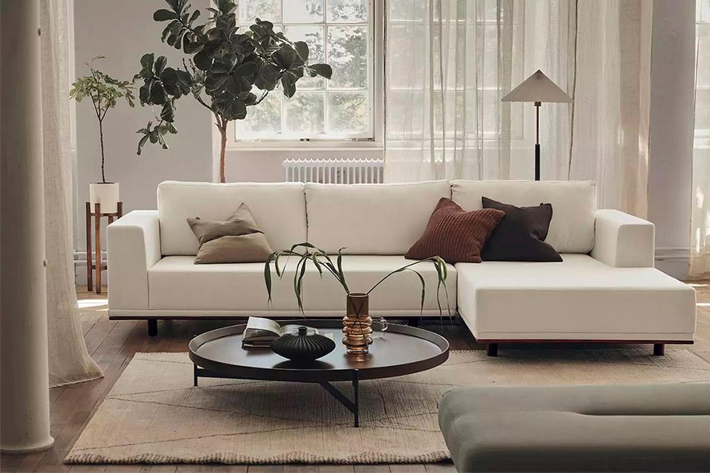 cojines marrones para la decoracion del hogar