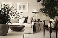 sofá de color beige