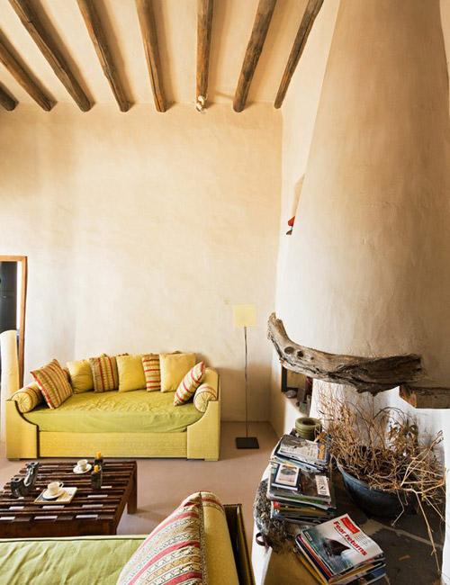 Colores tierra en las paredes de las casas mediterráneas