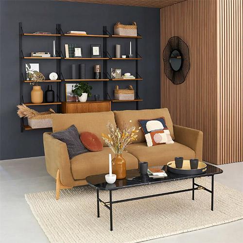 Qué colores combinan con un sofá marrón