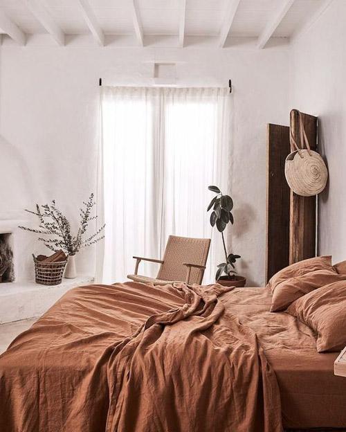 decorar con textiles de tonos terracota