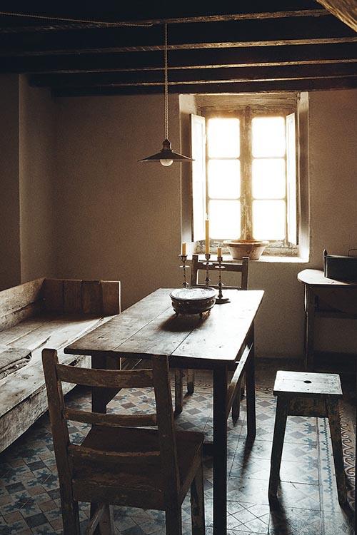 Comedor rustico en una casa de campo
