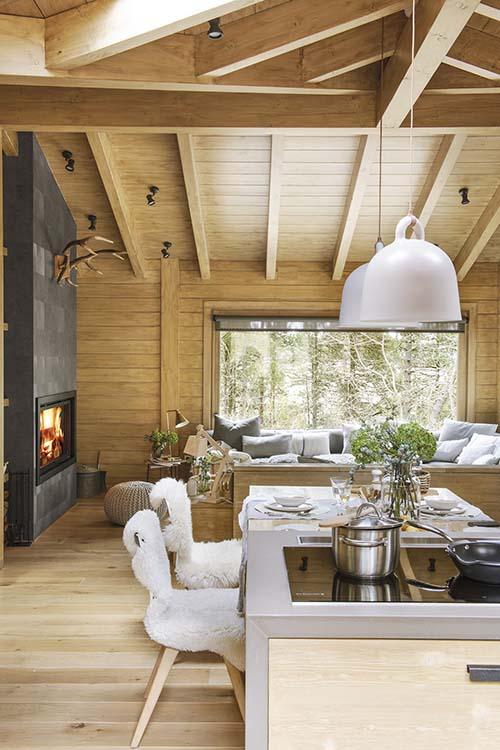Decoración de una casa de madera