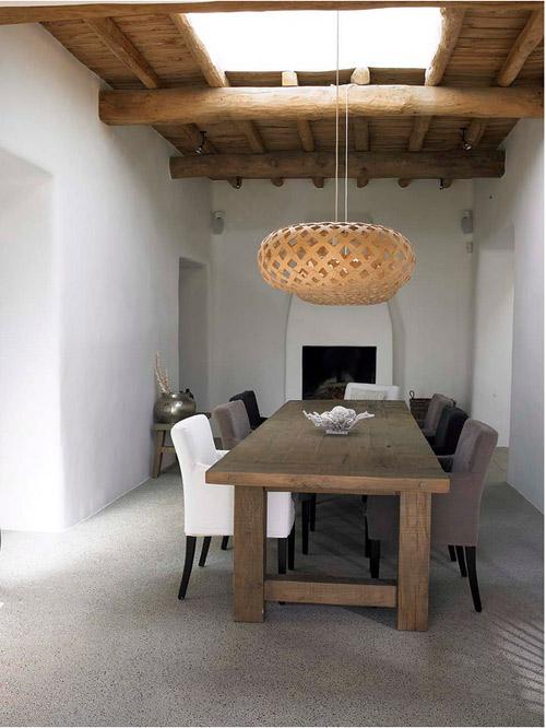 Comedor en una casa mediterranea