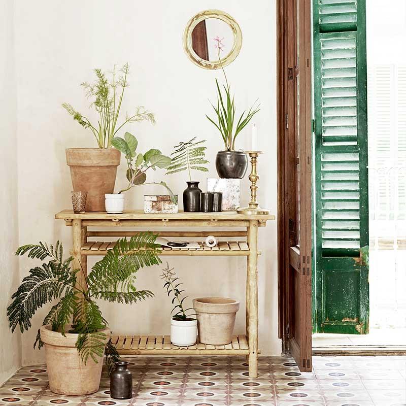 consola de bambú
