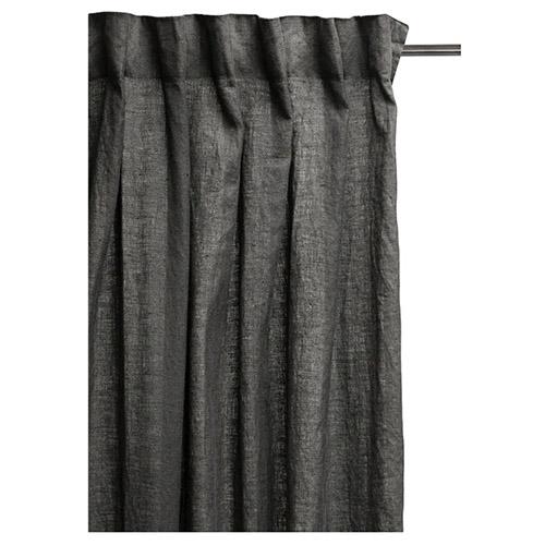 cortina de color gris oscuro