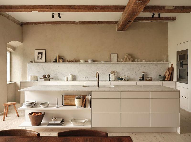 tonos beige en una cocina