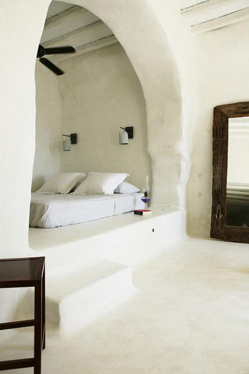 Decoración de estilo mediterráneo en una casa griega