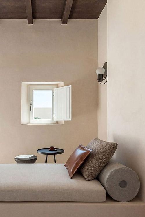 Orden y minimalismo en la habitación