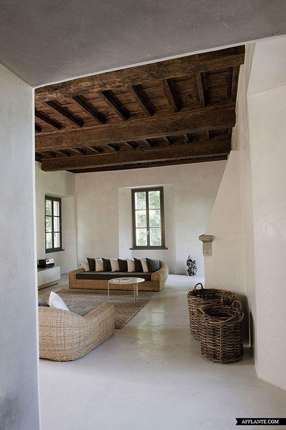 muebles de mimbre en la decoración mediterránea