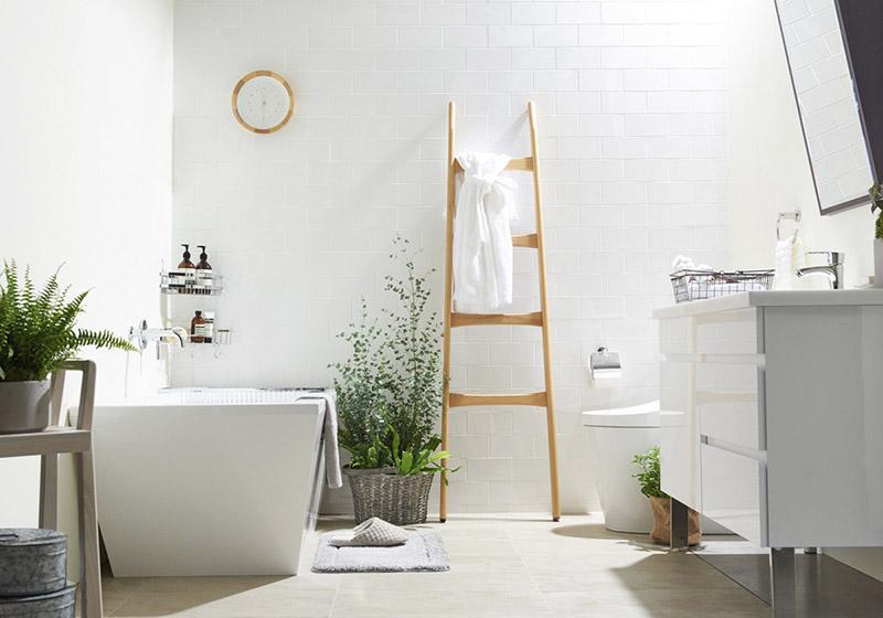 escalera decorativa de madera para la decoración de baños