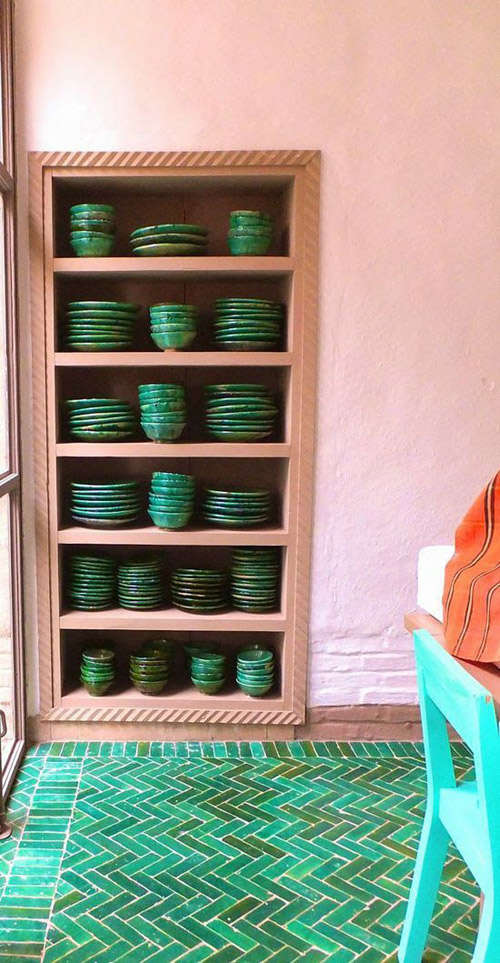 decoración de casas rústicas con tonos de color terracota