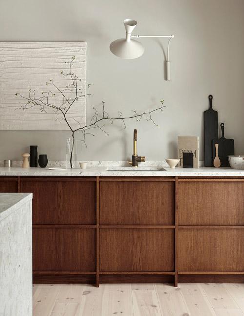 Una decoración sobria pero muy elegante en una cocina rústica pero moderna