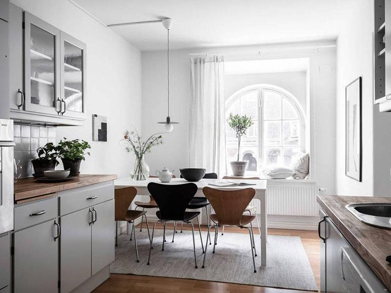 comedor cocina en un apartamento pequeño