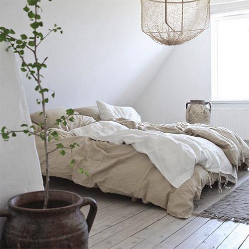 Cálida ropa de cama en las habitaciones de estilo nórdico