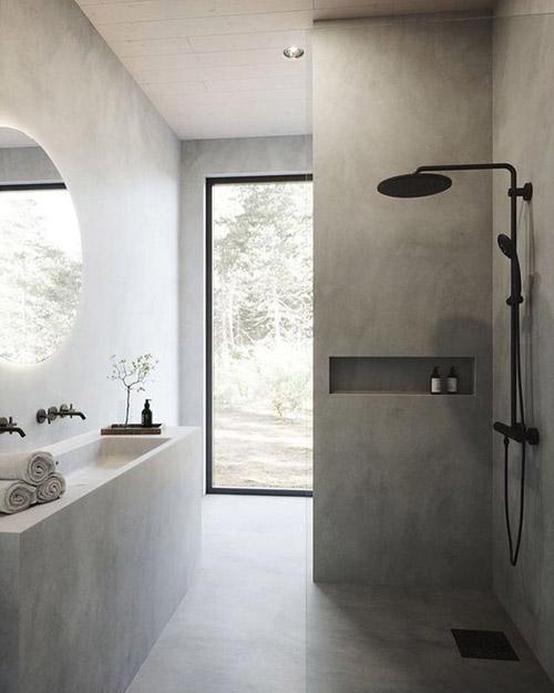 paredes de color gris claro en un cuarto de baño