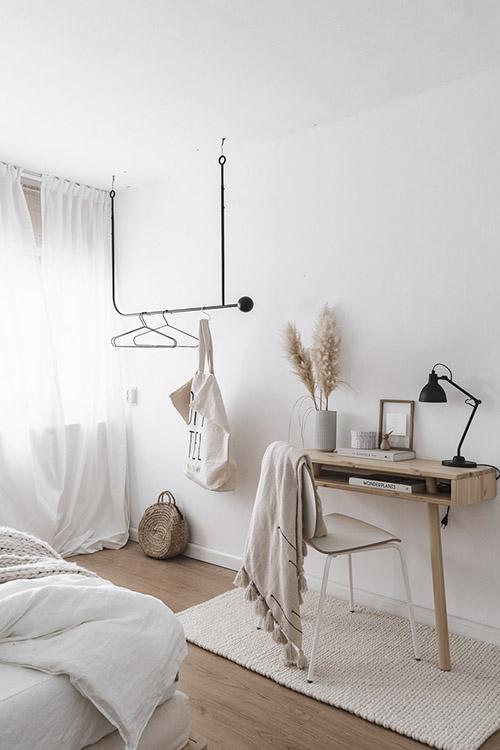 alfombra de lana área de trabajo en la habitación