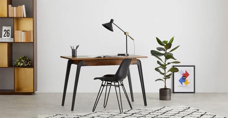 escritorio de madera vintage