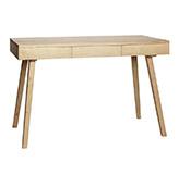 escritorio de estilo minimalista estrecho