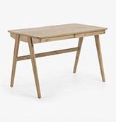 escritorio de madera de estilo minimalista