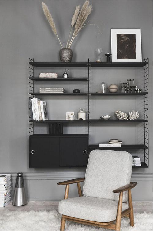 aprovechar el espacio con estanterías