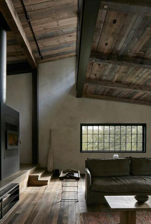 Tonos de gris en una casa rústica moderna