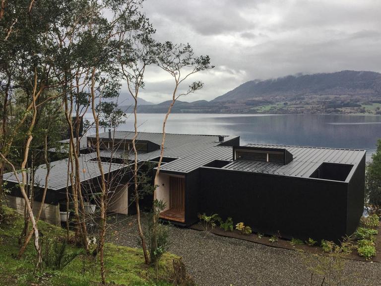 exterior de una casa de montaña
