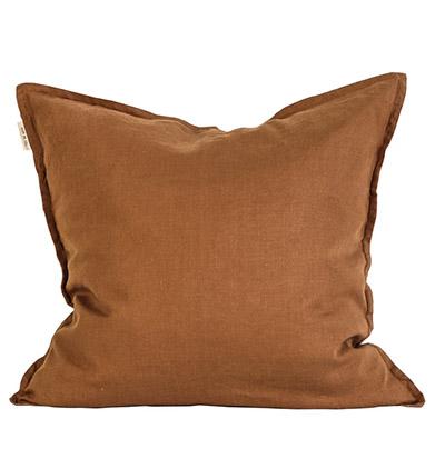 cojin decorativo marron