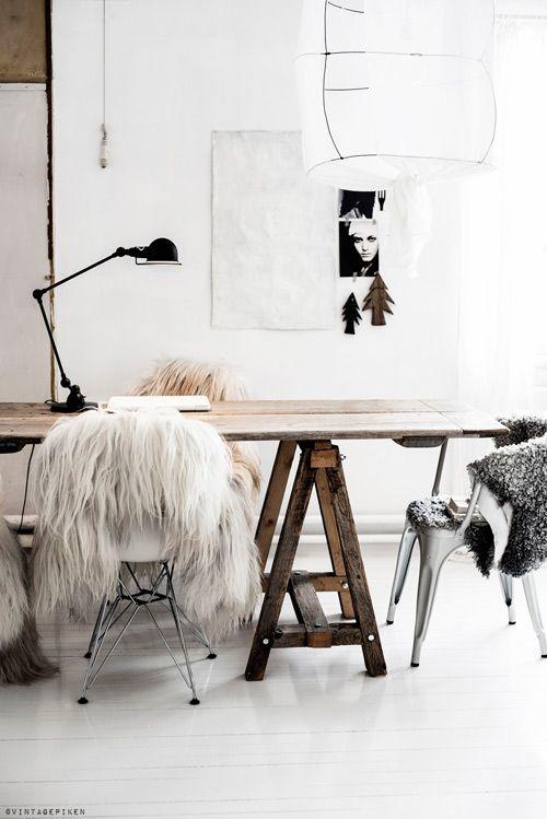Texturas en los interiores minimalistas característicos de las casas escandinavas