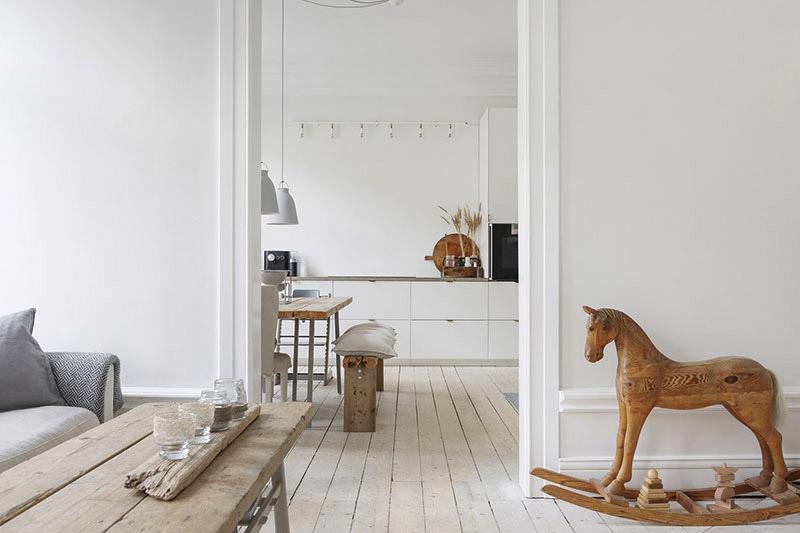 muebles de madera en un interior rústico nórdico