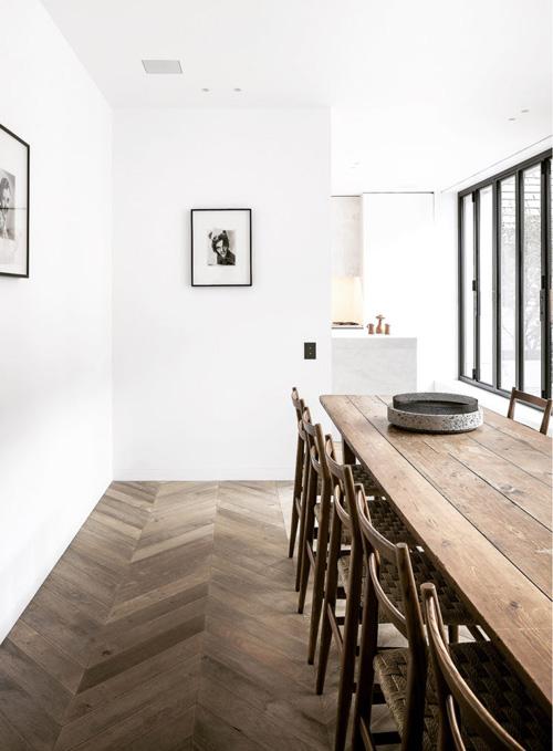 Fuera todo desorden innecesario de los ambientes minimalistas