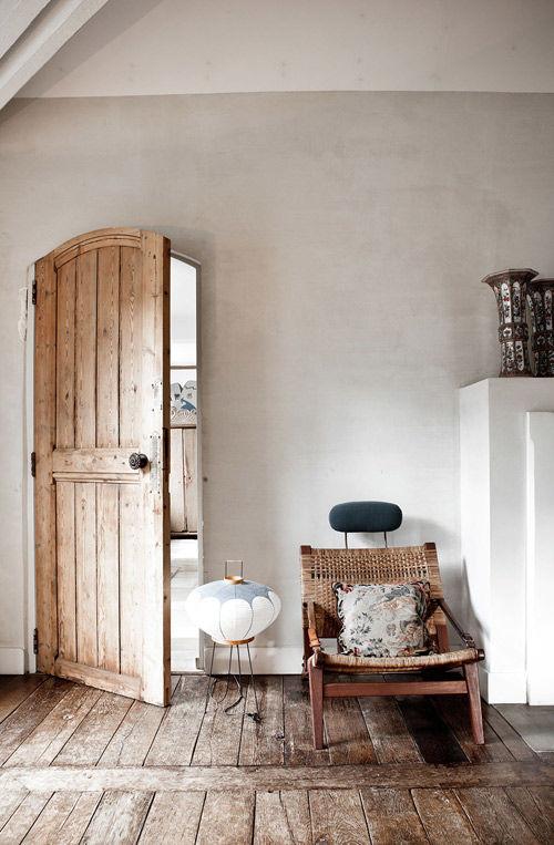 Interior decorado con el estilo rustico