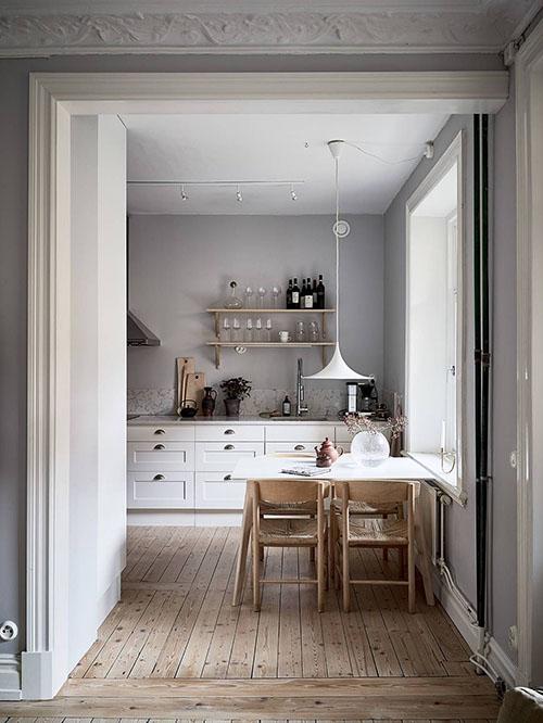 muebles de madera en las cocinas escandinavas