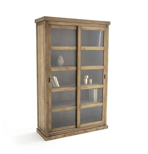 librería de cristal y madera de estilo rústico