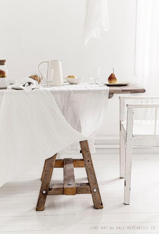 Madera y lino para una decoración de estilo natural