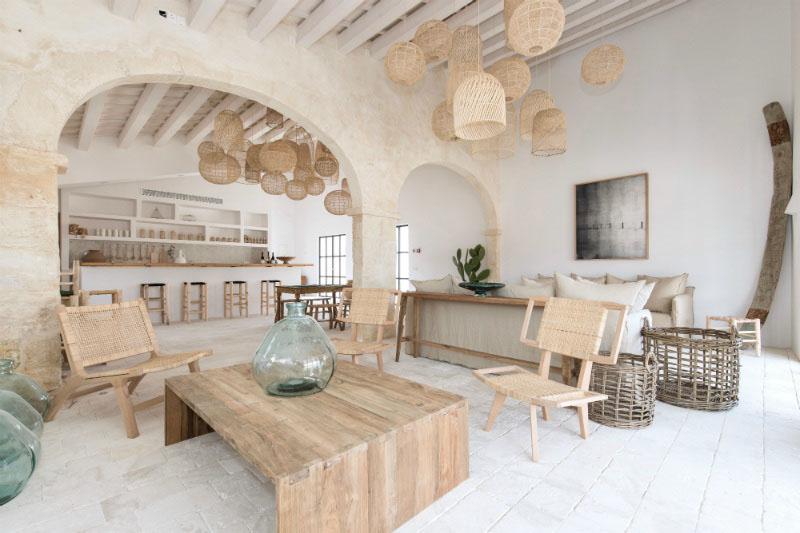 salón en una casa mediterranea