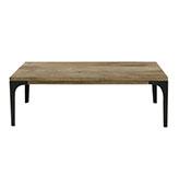 mesa de centro de madera de estilo industrial
