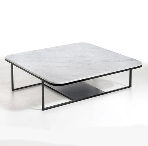 mesa baja de marmol blanco y base negro