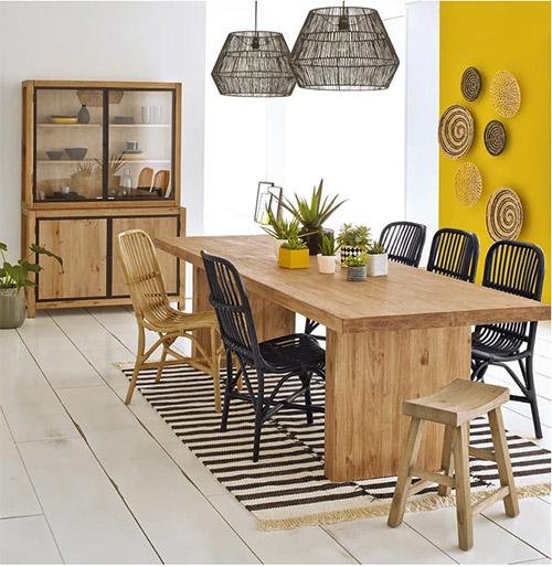 mesa de de madera de diseño minimalista y moderno