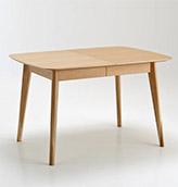 mesa extensible de madera de estilo nórdico
