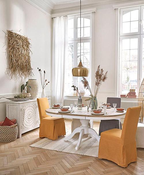 mesa rustica de madera redonda