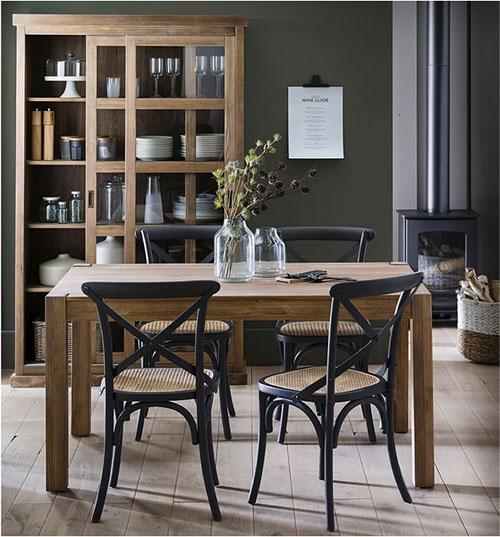 mesa rústica de madera maciza